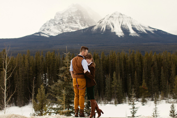 Lake Louise engagement wedding photography